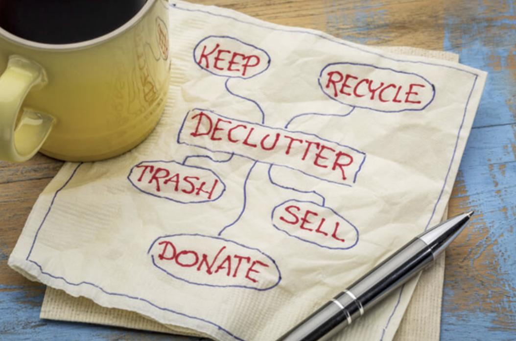 Declutter Downsize Image